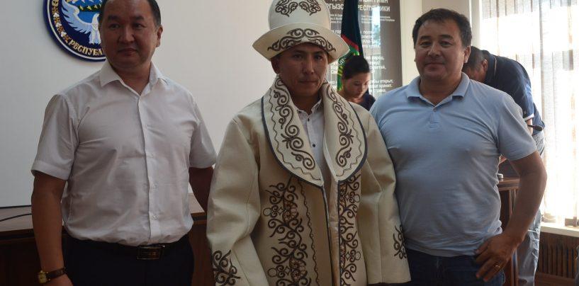 Спикером Кара-Балтинского горкенеша стал Азимкул Боромбаев, депутат от партии «Мекеним-Кыргызстан»