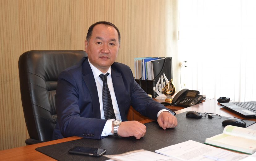 мэр города Кара-Балта Д.Шабданов