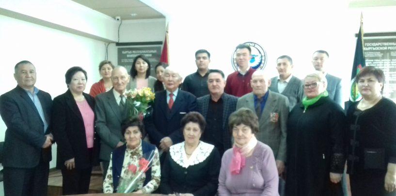 Поздравляемс Юбилеем 90-летием Ветерана ВОВ Смыковского Радия Николаевича ! ! !